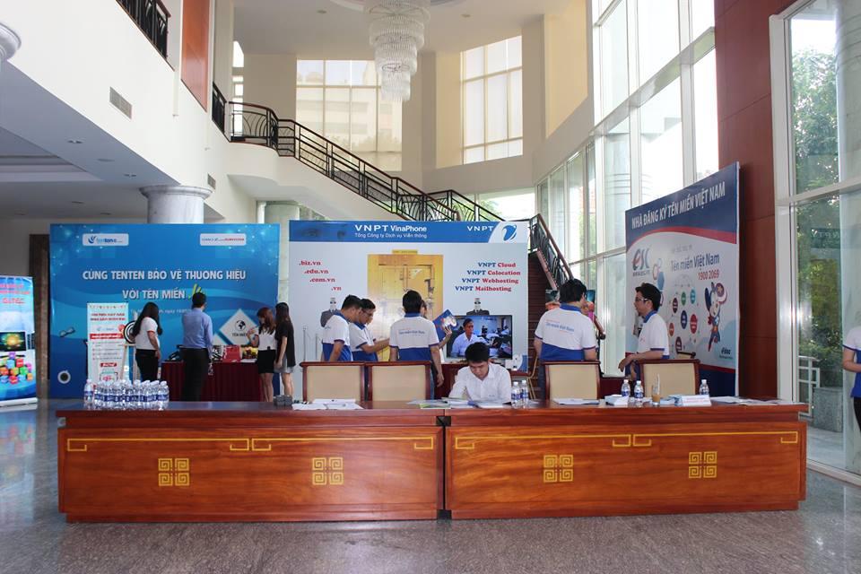 hoi-thao-bao-ve-thuong-hieu-viet-voi-ten-mien-vn-2016-7